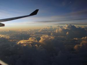高度1万メートルの日の出